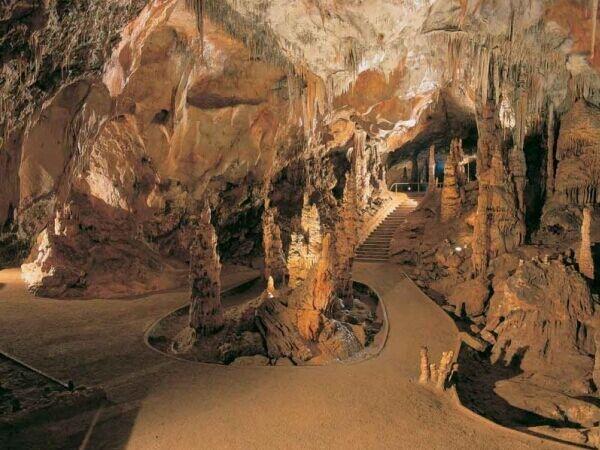 Barlangok hónapja: kiállítás és 3D-s bemutató Egerben
