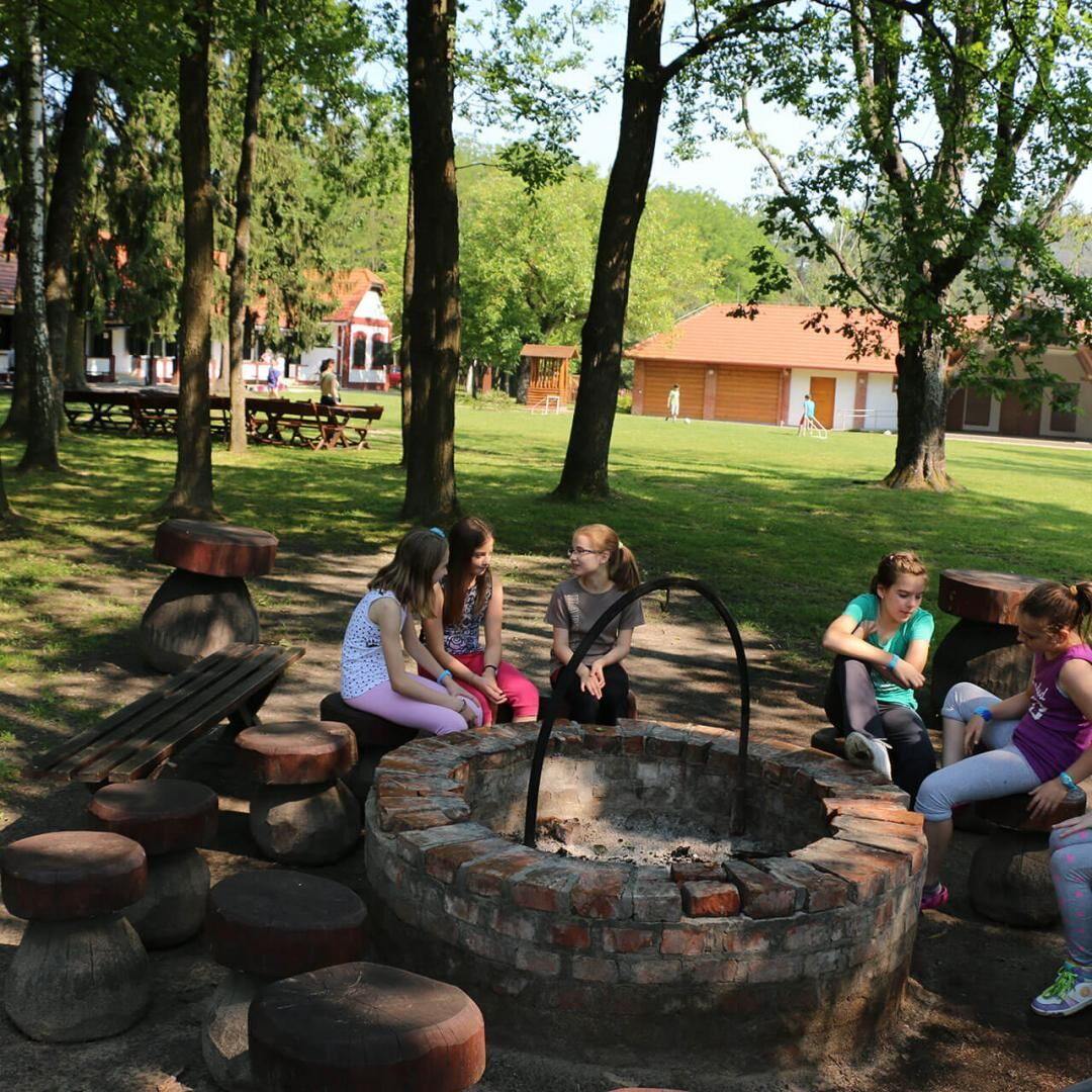 Sziágyi Erdészeti Erdei Iskola